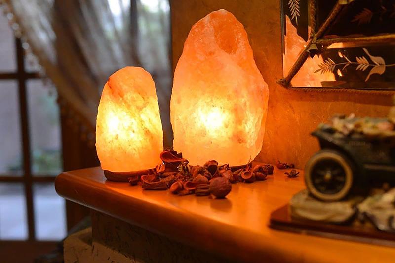 Himalayan Salt Lamp Interior Design