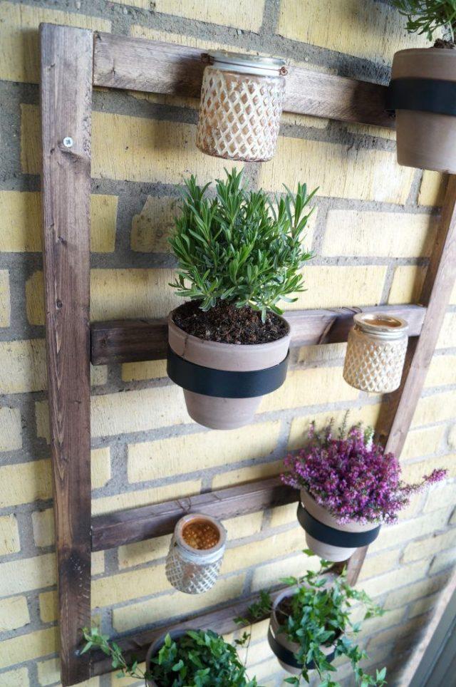 Balcony wall decoration with pots